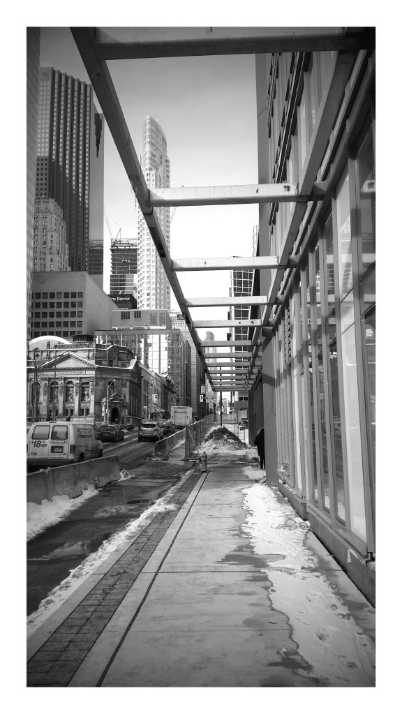 Yonge Street looking north to Front Street at L Tower