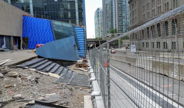 Future Sony Centre Plaza