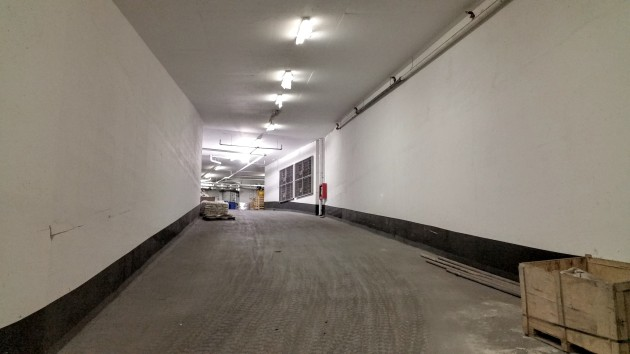 Backstage parking ramp to level 2 parking